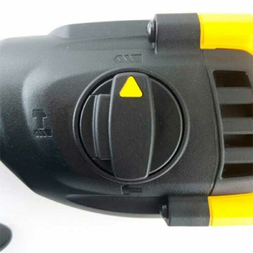 Електропневматска дупчалка 18V XR DeWALT SDS PLUS DCH133N